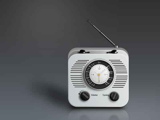 写实收音机psd分享-uikit.me
